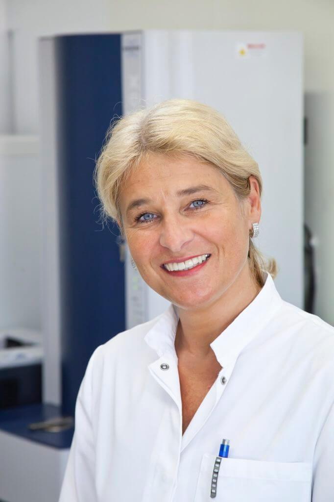 Dr. Cornelia Lass-Flörl